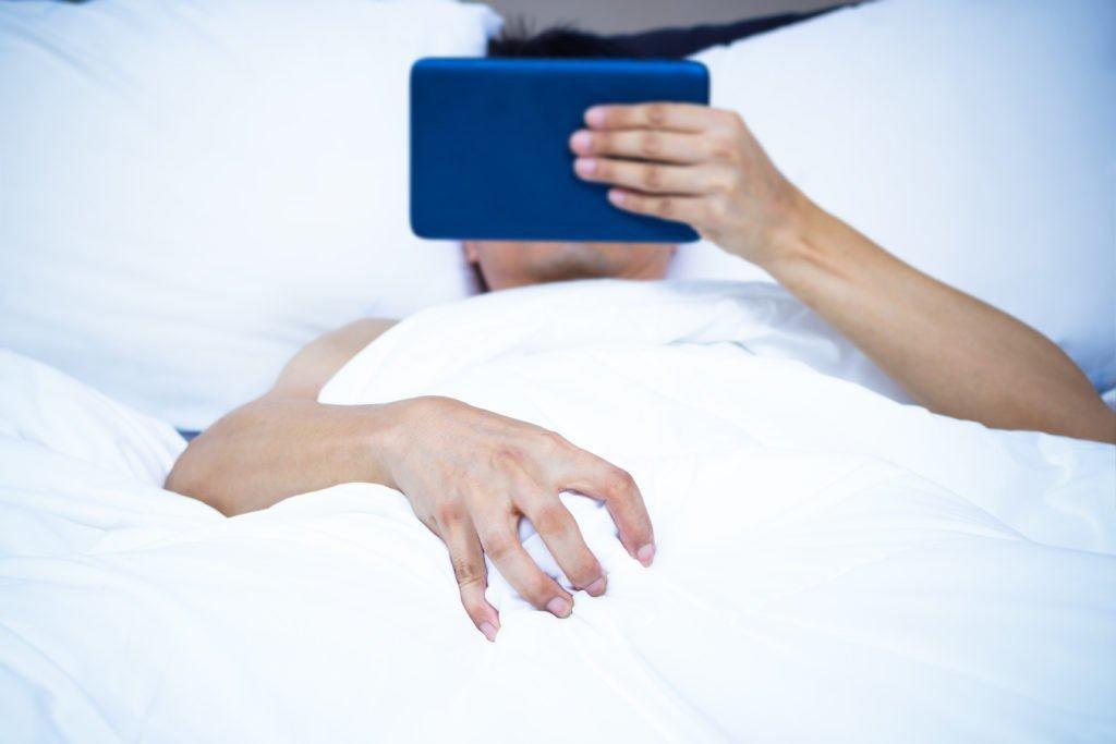 những dấu hiệu tố cáo chàng nghiện sex